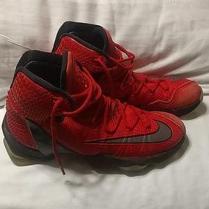 LeBron James Nike tennis shoes